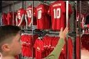 manchester_united_signed_sm8